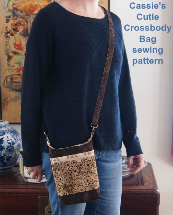 Cassie's Cutie Crossbody Bag sewing pattern.