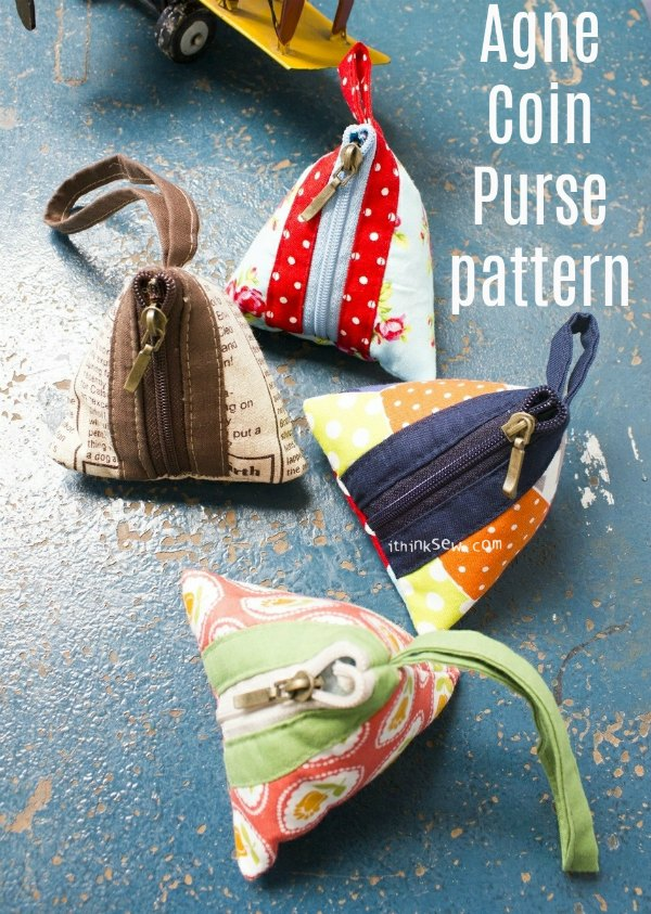 This is the Agne Coin Purse which is an adorable project that comes in two sizes, small and large and the pattern is free. It's a really quick & easy project that will give you amazing results. These purses are perfect as a gift for family and friends.